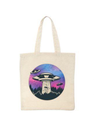 Ekologiczna ekotorba bawełniana w kolorze ecru, z kolorowym nadrukiem UFO porywającego ludzi.