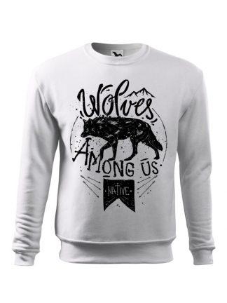 Biała bluza męska z czarnym nadrukiem wilka oraz napisem Wolves Among Us. Bluza wkładana, bez kaptura.