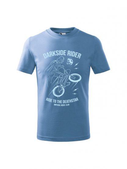 Dziecięca koszulka z krótkim rękawem i jasnobłękitnym nadrukiem Darkside Rider, nawiązującym do popularnych filmów sci-fi. Koszulka błękitna.