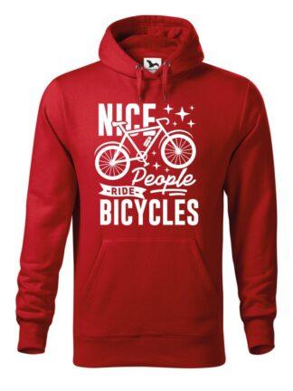 """Czerwona, wkładana bluza męska typu """"kangur"""", z grafiką roweru oraz czarnym napisem Nice People Ride Bicycles."""