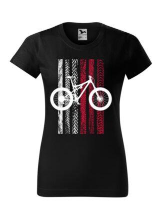 Czarna koszulka damska z krótkim rękawem i nadrukiem roweru MTB na tle flagi Polski. Flaga utworzona jest ze śladów opon rowerowych.